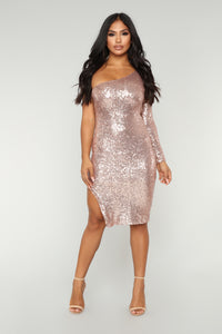 Fiona Sequin Dress - Champagne Angle 1