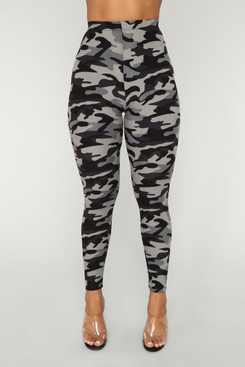 The Hide Out Leggings - Camo