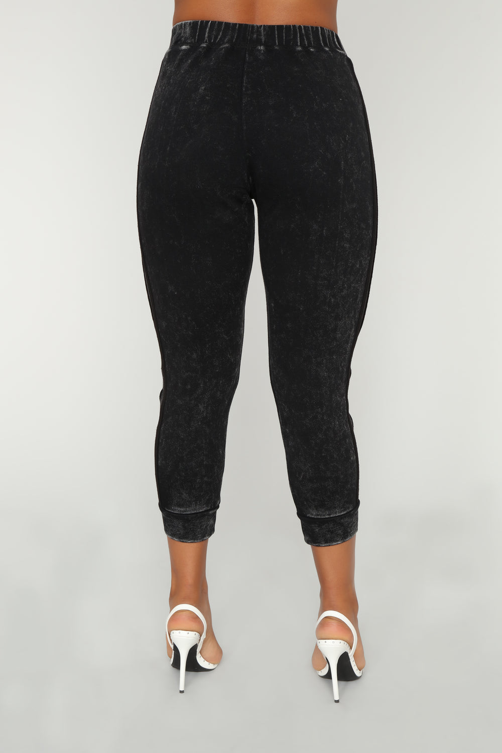Around Town Joggers - Black