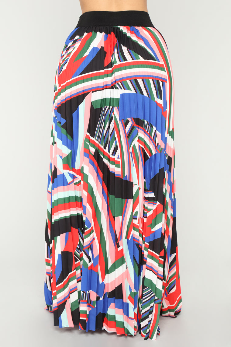 Feelin' Free Maxi Skirt - Black/Multi