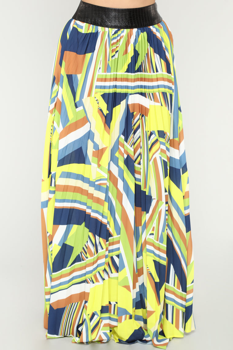 Feelin' Free Maxi Skirt - Navy/Multi