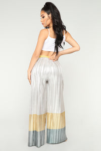 A Million Dreams Metallic Pants - Silver