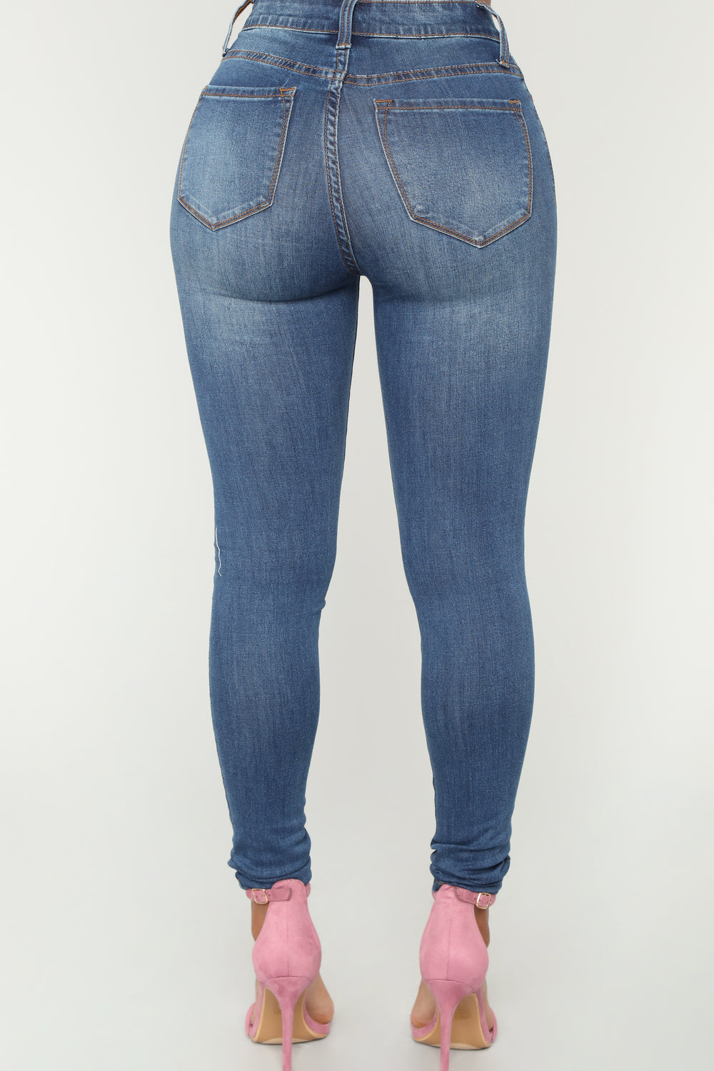 Eileen Exposed Button Jeans - Medium Blue Wash
