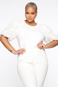 Victorious Puffed Floral Top - Off White Angle 6
