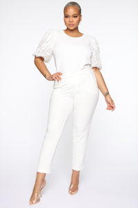 Victorious Puffed Floral Top - Off White Angle 7