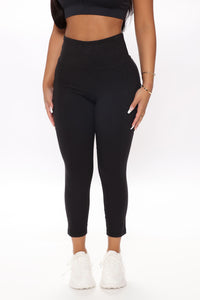 Off Court Active Crop Legging In Sculpt Tech - Black Angle 2