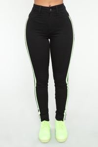 Hit The Road High Rise Jeans - Black
