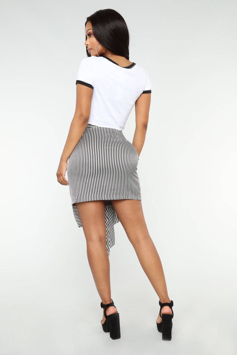 Young Lover Ruffle Skirt - White/Black