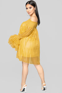 Boogie Nights Off Shoulder Dress - Mustard