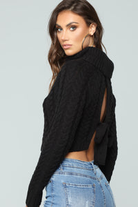 My Hands Are Tied Sweater - Black