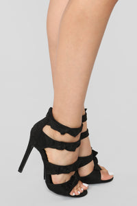 Ready To Mingle Heels - Black