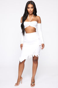 Live 2 Luv Distressed Mini Pencil Skirt - White Angle 3