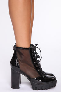Free Falling Booties - Black Angle 3