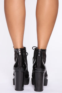 Free Falling Booties - Black Angle 4