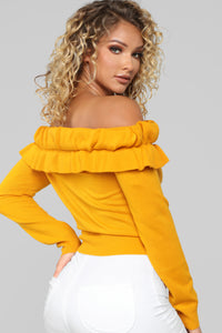 I Don't Believe In Rules Sweater - Mustard