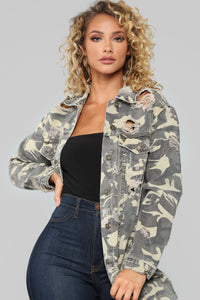 Chasin' Shadows Jacket - Olive