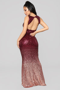 Spot Light Sequin Dress - Burgundy