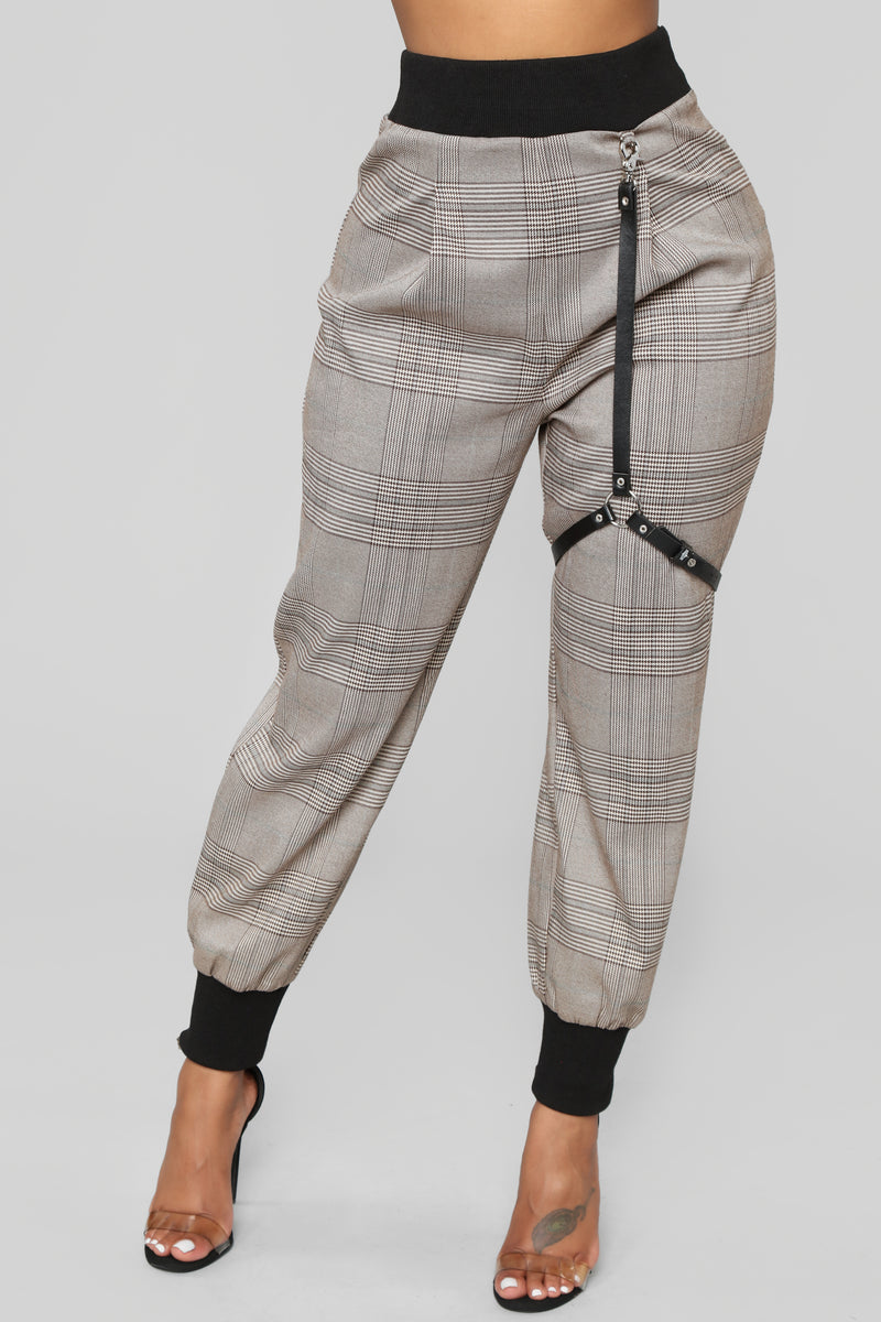 043cfd3231b Get To The Business Plaid Pants - Brown