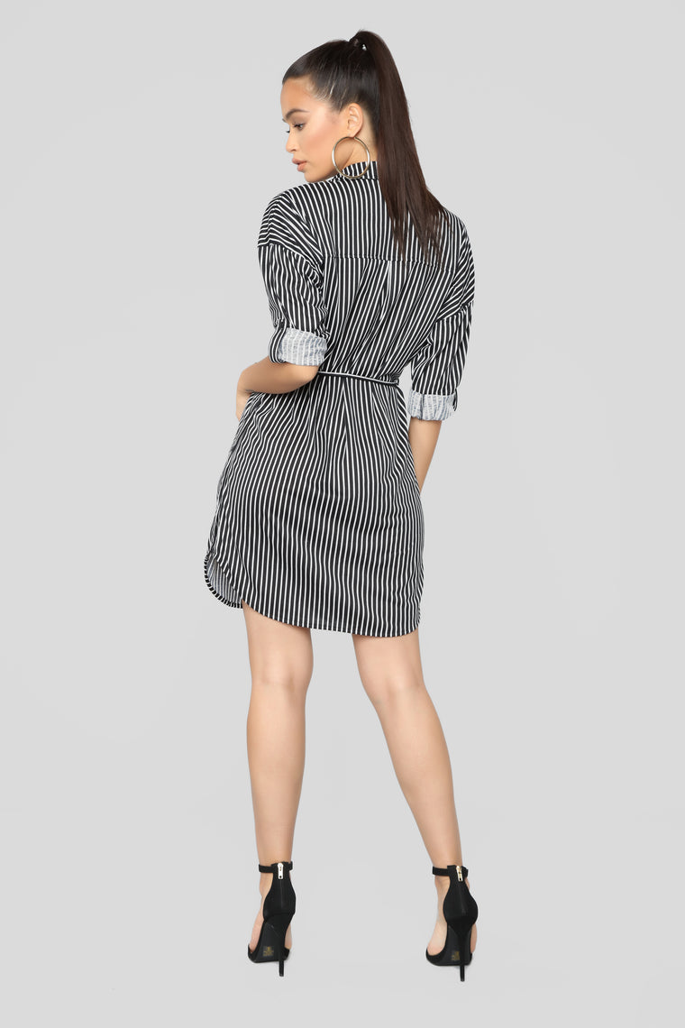 Corner Cafe Tunic Dress - Black/White