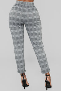 Here On Business Plaid Pants - Black/White