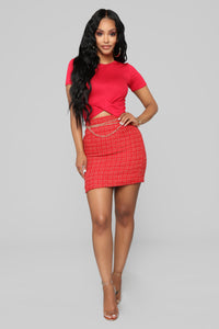 She's A Lady Chain Skirt - Red