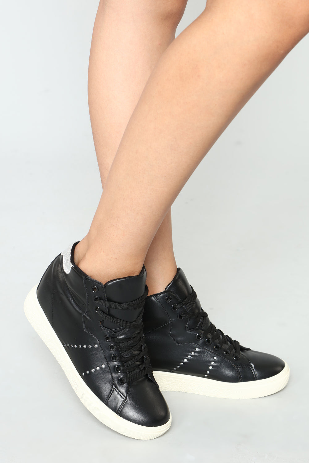 The Sky Is The Limit Sneaker - Black