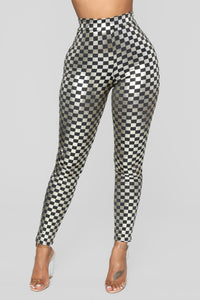 Off To The Races Checkered Set - Silver