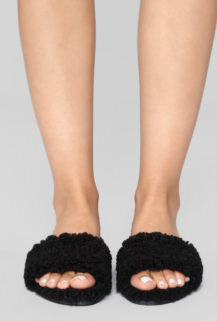 Snuggles Sliders - Black