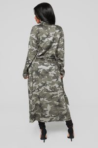 Commander Trench Coat - Olive Angle 4
