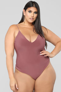 Sleek And Slay Bodysuit - Red Brown