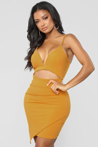 Sneakin' Kisses Dress - Mustard