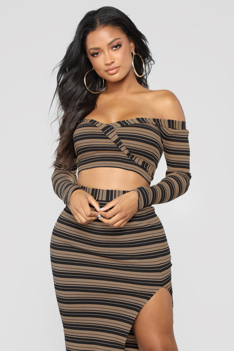 Aligned With My Interests Striped Set - Black/Mocha