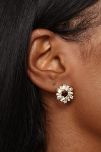 Travel In Three's Earrings Set - Gold