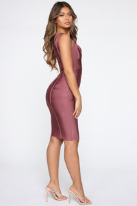 Lansa Bandage Dress - Dark Mauve Angle 3