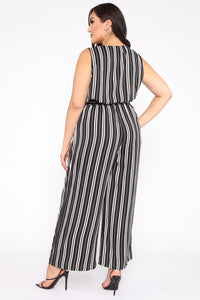 Day To Night Jumpsuit - Black/White Angle 4