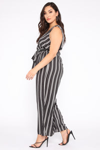 Day To Night Jumpsuit - Black/White Angle 3