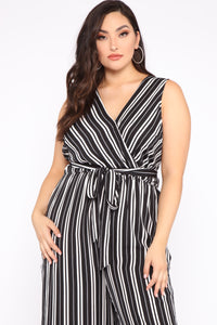 Day To Night Jumpsuit - Black/White Angle 2