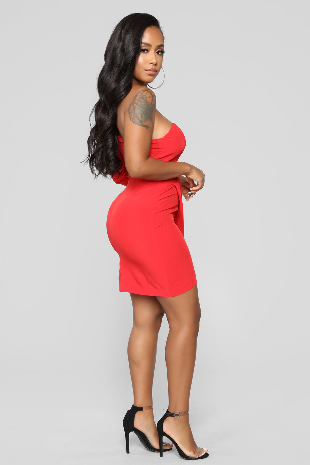 Hard To Catch Off Shoulder Dress - Red