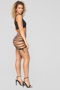 What A Snake Lace Up Skirt - Brick