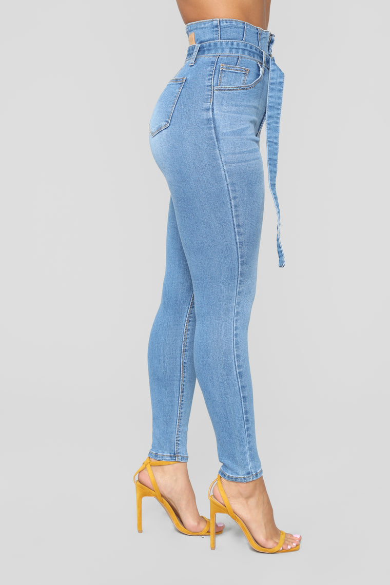 Been Done High Rise Jeans - Medium Blue Wash