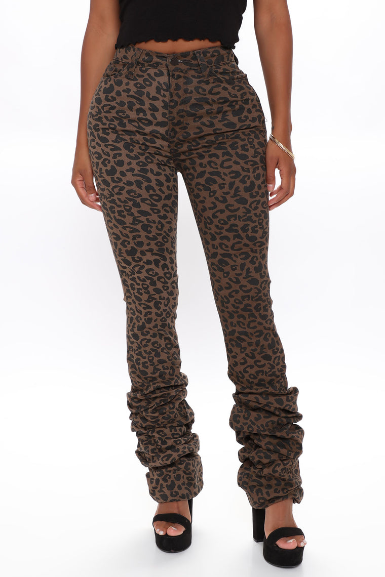 On the Prowl Stacked Leopard Pant - Leopard