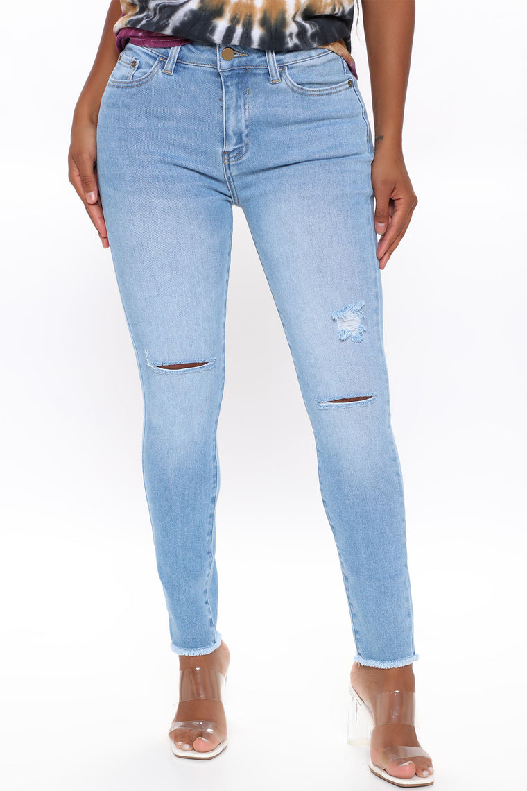 Crave You Mid Rise Ankle Jeans - Light Blue Wash