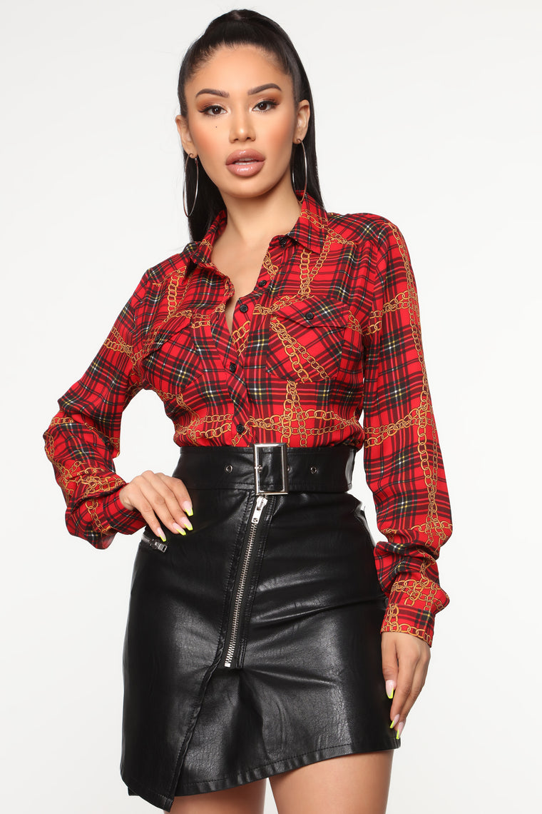 Time To Chain Shirt   Red/Combo by Fashion Nova