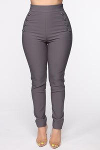 Benjamin Button High Rise Skinny Pants - Charcoal
