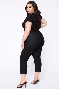 Chelsea High Rise Mom Jeans - Black Angle 7