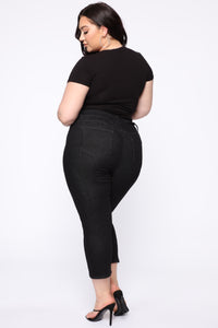 Chelsea High Rise Mom Jeans - Black Angle 12