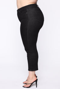 Chelsea High Rise Mom Jeans - Black Angle 10