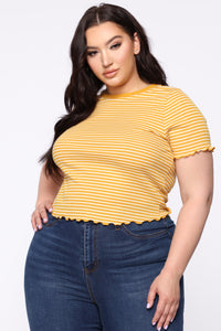 You Need Me Crop Top - Yellow/Combo