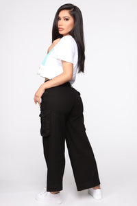 Tracy Cropped Cargo Pant - Black