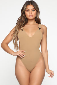 Hook Me Up Bodysuit - Mocha